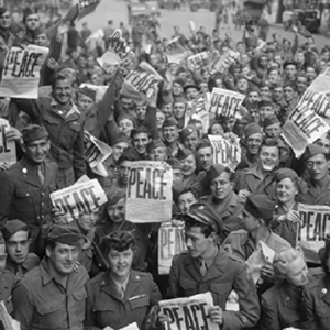 GIs celebrating the end of WW2